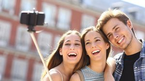 Millennials-Taking-Selfie