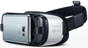 Samsung-Gear-VR-with-phobne