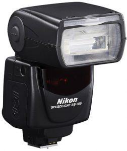 Nikon-SB-700-AF-Speedlight-front-back